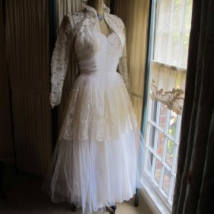 wedding dresshttp://www.etsy.com/listing/97790456/ruched-tulle-bodice-wedding-gown-with?ref=sr_gallery_18&ga_search_query=bolero&ga_order=most_relevant&ga_view_type=gallery&ga_ship_to=ZZ&ga_search_type=vintage